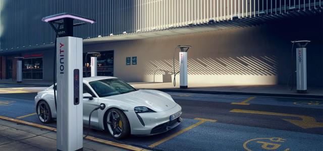 以永續設計理念打造的 Porsche Taycan 全球首演