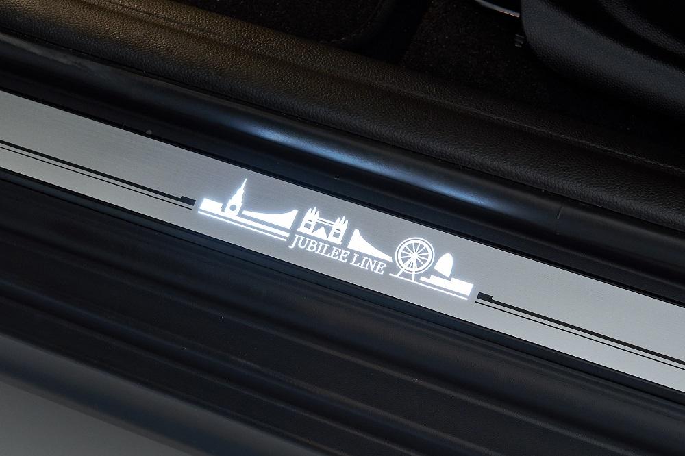 [新聞圖片四] MINI Jubilee Line LED迎賓門檻