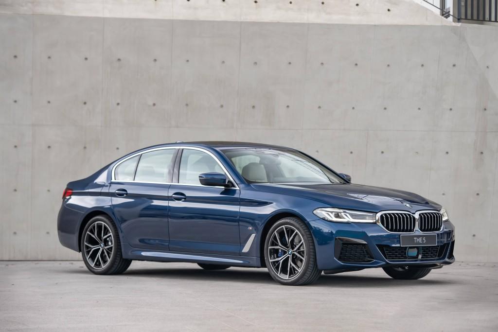 [新聞照片二]全新BMW 5系列以簡約,現代設計筆觸,展現新世代領導者風範,建議減少265萬元起